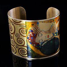"""Gustav Klimt's """"The Kiss""""  Bracelet"""