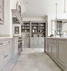 Luxury Kitchen The Hartford design in our new Cambridge showroom combines the timeless style of a shaker kitchen with modern updates using state of the… - Grey Painted Kitchen, Kitchen Paint, Living Room Kitchen, Home Decor Kitchen, Kitchen And Bath, Kitchen Interior, New Kitchen, Kitchen Units, Kitchen Grey