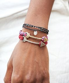 Summer cuteness all wrapped up in a bracelet.