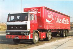 DAF 2800 Coca Cola World Of Coca Cola, Combustion Engine, Volvo Trucks, Cool Trucks, Coke, Tractors, Motorcycles, Engineering, Beer