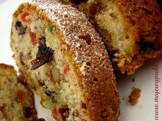 Keks to dla mnie ciasto królewskie. Świateczne też, jak najbardziej, ale ma coś z wyższych sfer ;-). To pewnie przez to bogactwo bakalii, którymi jest najeżony. I to, że piekę je tak rzadko, choć nawet Banana Bread, Food, Fruit Cakes, Biscuits, Essen, Meals, Yemek, Eten