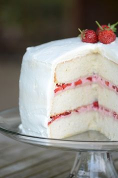 3 layer strawberry cake