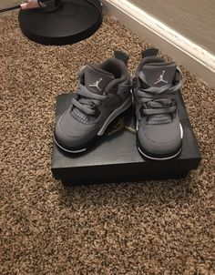 Size Jordans for kids. Shoes have been worm but kept in good condition. Cute Baby Boy Outfits, Cute Baby Shoes, Baby Girl Shoes, Baby Outfits Newborn, Cute Baby Clothes, Baby Boy Shoes Nike, Babies Clothes, Toddler Shoes, Girls Shoes