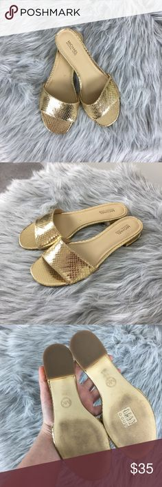 2511862c73e3c Shop Women s MICHAEL Michael Kors size Shoes at a discounted price at  Poshmark.