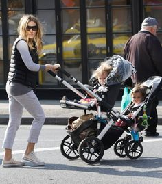 Sarah Jessica Parker in New York with her Uppababy stroller