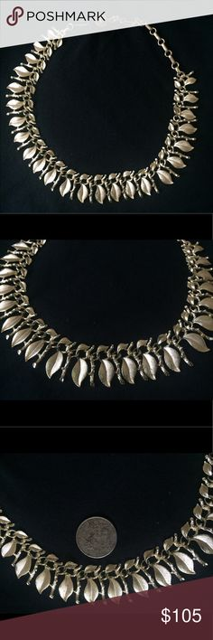 Vintage Lisner  Statement Necklace Stunning Vintage Lisner Statement Necklace featuring textured gold tone leaves. It features an extender chain allowing it to be easily adjusted. This  statement Necklace falls with grace and beauty  and belonged to my grandmother, is signed, and is in gently used vintage condition lisner Jewelry Necklaces