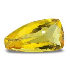 Besonders großer Goldberyll mit schön ausgeführtem Fantasieschliff und sehr guter Farbe.