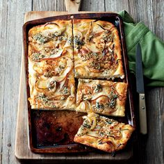 flat breads with goat cheese carmelized onions basil 15 quick dinners ...