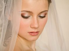 Attention summer brides! Avoid a makeup meltdown by layering an oil-free primer in between your moisturizer and makeup. Then, stick to powders (instead of creams) for color with more staying power.