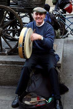 Bodhran player, Grafton Street, Dublin Daragh Owens--- I've met this guy! He is wonderful :) Love Ireland, Dublin Ireland, Ireland Travel, Molly Malone, Street Musician, Irish Eyes Are Smiling, Celtic Music, Irish Culture, Irish Roots
