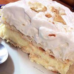 no bake lemon icebox cake Greek Sweets, Greek Desserts, Summer Desserts, Lemon Recipes, Sweets Recipes, Cooking Recipes, Greek Recipes, Lemon Icebox Cake, Cream Crackers