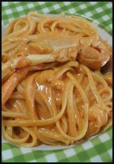 Linguine agli scampi , facili e gustosi ! #scampi #primipiatti #primidipesce #ricettegustose Italian Pasta, Italian Dishes, Fish Pasta, Pasta Recipes, Cooking Recipes, Maila, Best Italian Recipes, International Recipes, Pasta Dishes