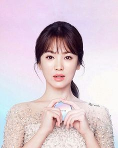 One of the most famous celebrities, Beautiful! With nice cosmetics! Beauty Shoot, Hair Beauty, Song Hye Kyo Style, Songsong Couple, Song Joong Ki, Korean Artist, Famous Celebrities, Celebrity Look, Korean Actresses