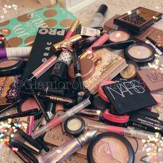 .@glamorousgurly18 | Heaven on Earth  Show me your makeup messes!! #glamorousgurly18 #makeupglore ... | Webstagram