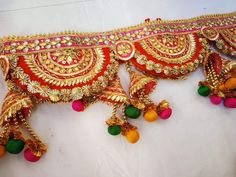 Asian Party Decorations, Diwali Decoration Items, Door Hanging Decorations, Thali Decoration Ideas, Handmade Decorations, Indian Wedding Gifts, Desi Wedding Decor, Diy Crafts Love, Diy Crafts For Gifts