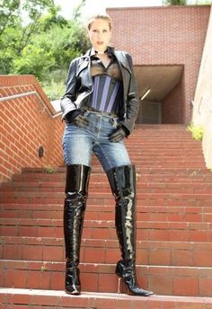 from club i love boots (eroclubs.nl) http://www.allthingsvogue.com/best-affordable-over-the-knee-boots/