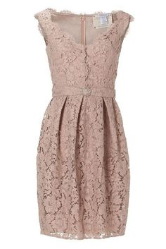 pretty dress to wear to a wedding