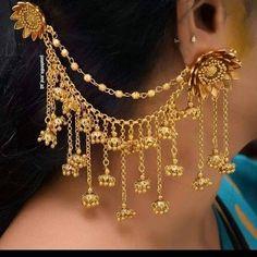 Indian Bridal Jewelry Sets, Bridal Jewelry Vintage, Indian Jewelry Earrings, Jewelry Design Earrings, Gold Earrings Designs, Necklace Designs, Bridal Jewellery, Jewelery, Antique Jewellery Designs