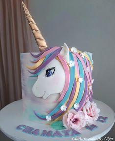 Miss Unicorn par Couture cakes par Olga - Unicorn Cake Unicorn Birthday Parties, Unicorn Party, 4th Birthday, Birthday Cake, Unicorn Cakes, Unicorn Cake Design, Pastel Mickey, Fete Emma, Couture Cakes