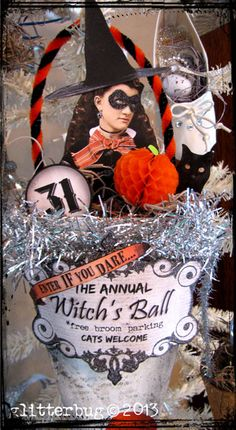 Witch's Ball Cone - great idea for an invitation Halloween Make, Halloween Items, Spirit Halloween, Halloween Cards, Holidays Halloween, Vintage Halloween, Halloween Decorations, Halloween Queen, Halloween Ornaments