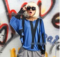 modische Kleidung mit 2012 großen Größen-Frauen der Art und Weise mit Flügel