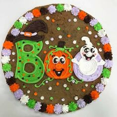 Halloween Birthday Cakes, Halloween Sweets, Halloween Baking, Halloween Cupcakes, Holiday Baking, Holloween Cake, Cookie Cake Decorations, Cookie Cake Designs, Sheet Cake Designs