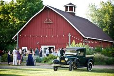 Barn Wedding In Colorado - Denver Botanical Gardens Colorado Wedding Venues, Rustic Wedding Venues, Barn Weddings, Retro Weddings, Cowboy Weddings, Outdoor Weddings, Wedding Reception, Diy Wedding Decorations, Wedding Ideas