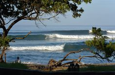 This dream lineup is steps out our front door. REAL blessings!  #costarica #adventure #travel #surf #surfing #puravida #surfcamp #liveinthesun #livetosurf  #costaricasurftrip #lifeisbetterinboardshorts #surftrip #beach