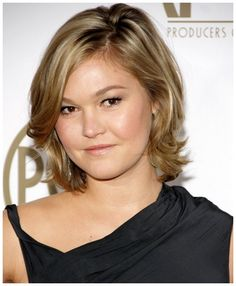 Hairstyles to Make Fat Faces Slimmer - The right cut for a round face doesn't always translate in the best way to hairstyles for fat faces. Description from pinterest.com. I searched for this on bing.com/images