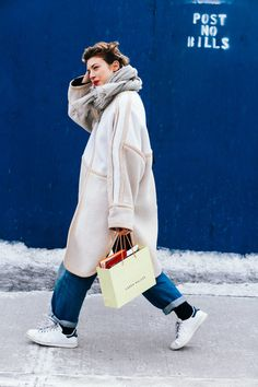 Street Looks at New York Fashion Week Fall/Winter 2015-2016 | Vogue Paris