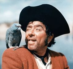 Robert Newton in Treasure Island in The best Long John Silver EVER. Hooray For Hollywood, Hollywood Stars, Robert Newton, Pirate History, Hugh Bonneville, Long John Silver, Yul Brynner, Theme Tunes, Wooden Ship