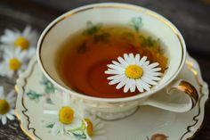15 Natural Remedies - Portakal - Just Thinking Herbal Remedies, Natural Remedies, Natural Treatments, Fruit Tea, Chamomile Tea, Tea Cup Set, Healing Herbs, Medicinal Herbs, Amazing Flowers