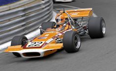 John Love in the Team Gunston March 701 - he was the only Rhodesian driver to achieve a podium finish Formula 1 Gp, Race Engines, Vintage Classics, Vintage Race Car, F1 Racing, Indy Cars, Car And Driver, Courses, Grand Prix
