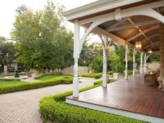 Front veranda with turned posts Outdoor Areas, Outdoor Rooms, Outdoor Living, Weatherboard House, Queenslander, Home Porch, Facade House, House Facades, Australian Homes
