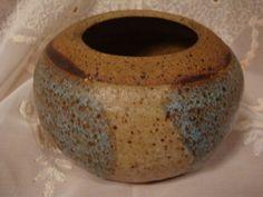 Hand-Thrown-Stoneware-Decorative-Pot