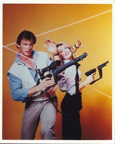 V The Series: Marc Singer and Faye Grant promo photo