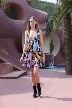Christian Dior Resort 2016 Fashion Show - Issa Kerremans
