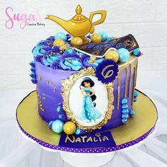 One Year Birthday Cake, 8th Birthday, Birthday Cakes, Birthday Ideas, Princess Birthday, Princess Party, Princess Jasmine Cake, Aladdin Cake, Cupcake Cakes