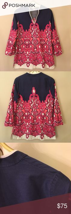 """Lilly Pulitzer Tunic Chorus Girl Ciara Size Large This has been worn. Has some light faded of the blue color. But I really thing to blue wasn't very strong to begin with and the Cotton gets a sheen when ironed so it makes it look slight more faded. Size large. Underarm to underarm measures 20.75"""" inches. Sleeve length 22"""" inches. From back of neck to hem 29.75"""" inches. Lilly Pulitzer Tops Tunics"""