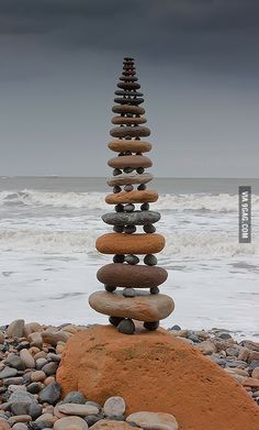 Funny pictures about Stairway to heaven. Oh, and cool pics about Stairway to heaven. Also, Stairway to heaven photos. Land Art, Stairway To Heaven, Art Et Nature, Robin Hoods Bay, Art Pierre, Love Rocks, Environmental Art, Natural Forms, Natural Materials