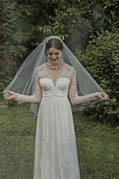 BHLDN Cirque Veil ivory  in  Shoes & Accessories | BHLDN