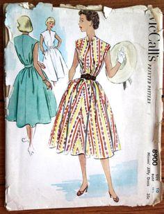 1952 McCall's Printed Pattern 8900 Woman's Jiffy Full Skirt Dress Bust 28.5