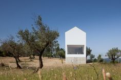 Completed in 2015 in Fonte Boa, Portugal. Images by José Campos. The Fonte Boa House is a single family house designed in a rural estate in Fartosa, Fonte Boa, in the centre of Portugal. The small estate, with a. Portugal, Arquitectura Wallpaper, Sico, Agi Architects, Valley Landscape, Journal Du Design, Architectural Photographers, Wallpaper Magazine, Dezeen