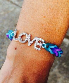 "Rainbow loom fishtail ""love"""