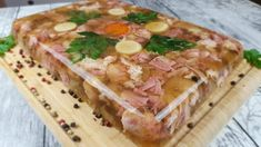 Charcuterie, Serbian Recipes, Romanian Food, Christmas Goodies, Food Videos, Sausage, Food And Drink, Cooking Recipes, Bread