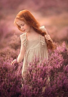 painting style - Photos Curated by fabio zanchetta / Artistic Photography, Children Photography, Fine Art Photography, Amazing Photography, Beautiful Children, Beautiful Babies, Cherry Blossom Pictures, Cute Baby Girl Images, Girls With Red Hair