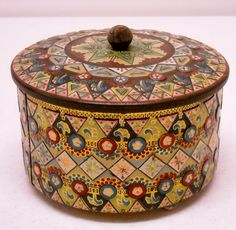 VINTAGE BARET WARE English BISCUIT COOKIE TEA Footed TIN Box Art Deco SHABBY