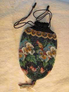 Vintage Beaded Purse (1920 - 1930's): Floral Pattern #Unbranded #BeadedwithDrawstringClosure