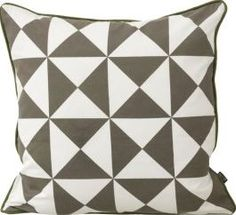 Ferm Living Large Geometry cushion - grey - 50X50 cm `One size Details : Organic Cotton, Back: same print in black and white, Filling: down feathers, Handprinted Composition : 100% Organic cotton grown without pesticides Color : Grey Removable cover, Pattern may  http://www.comparestoreprices.co.uk/january-2017-7/ferm-living-large-geometry-cushion--grey--50x50-cm-one-size.asp