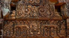 Обои Разное Рельефы, статуи, музейные экспонаты, обои для рабочего стола, фотографии разное, рельефы, статуи, музейные экспонаты, камбоджа, бантеайсрей Обои для рабочего стола, скачать обои картинки заставки на рабочий стол.